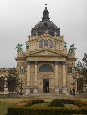 Széchenyi Gyógyfürdő főbejárata