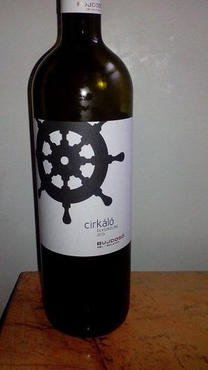 Bujdosó bor , cirkáló