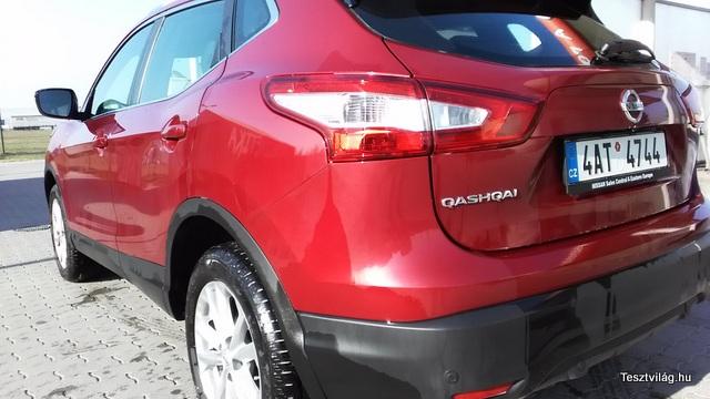 Nissan Qashqai (4)-001