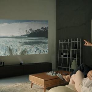 Az LG az eddigi legnagyobb fényerejű, ultrarövid vetítési távolságú projektorral bővíti Minibeam termékcsaládját
