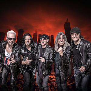 Jön a Scorpions!